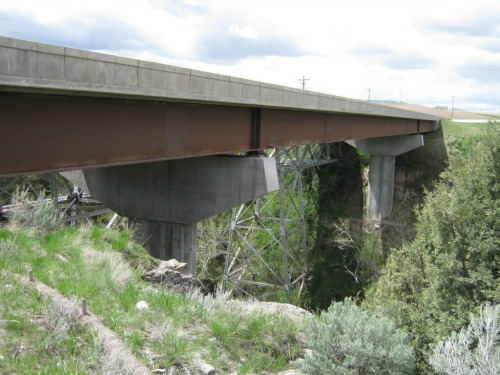 The Canyon Creek Bridge, canyon creek trail