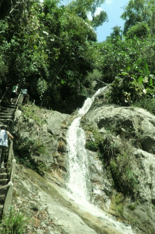 Chiang Mai Waterfall, thailand backpacking