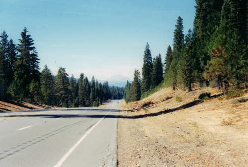 Driving to Lassen Volcanic National Park