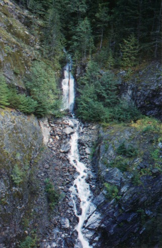 Fantastic Waterfall, north cascades national park
