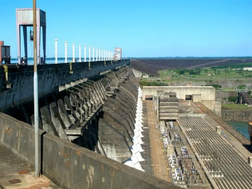 Itaipu Dam, backpacking around south america
