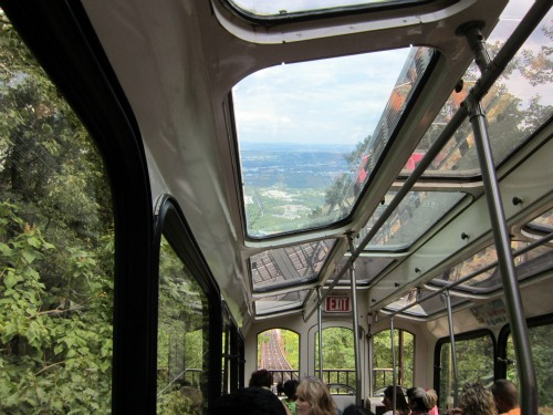 Lookout Mountain's Incline Railway, ruby falls