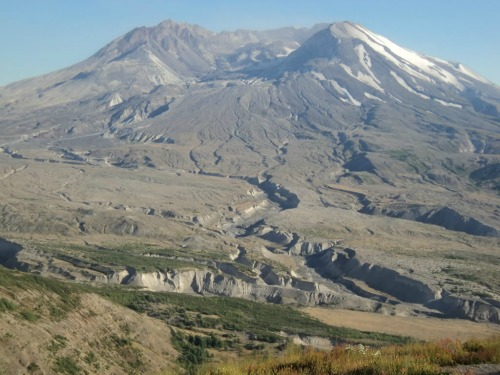 View from Johnston Ridge Observatory, Mount St Helens