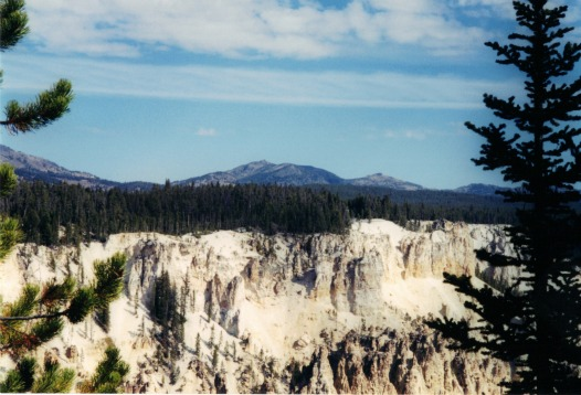 North side Grand Canyon of Yellowstone, lightweight backpacking