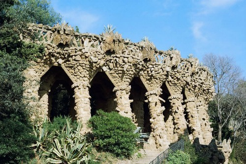 Parc Guell, best cheap backpacking in europe