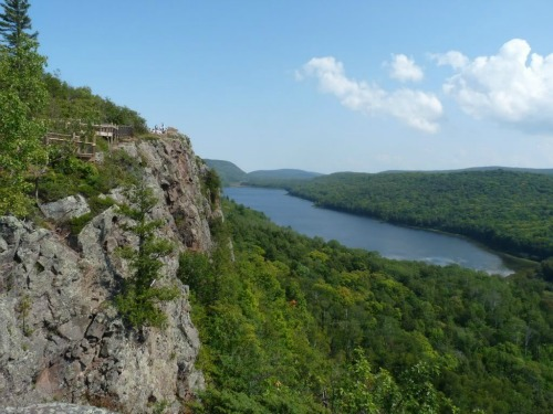 Porcupine Mountains Wilderness State Park, backpacking in michigan