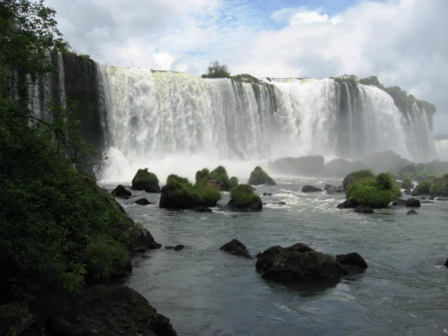 Salto Floriano, backpacking around south america
