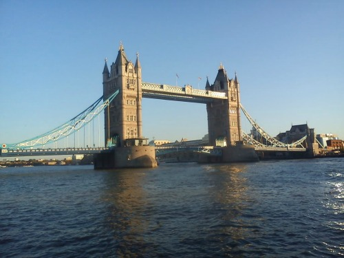 Tower Bridge in London, best cheap backpacking in europe