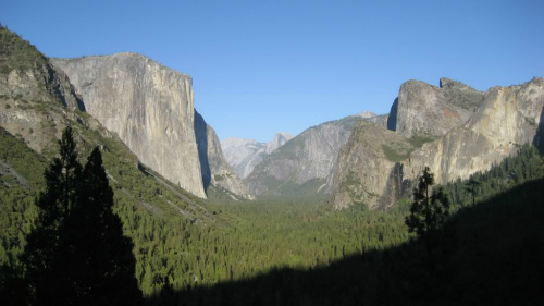 The Tunnel View, Yosemite Village