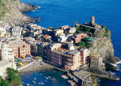 Beautiful Views of Vernazza, backpacking italy