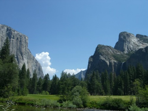 Yosemite Valley, Yosemite Village